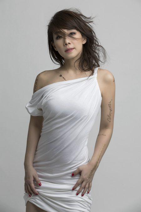 无法亲临香港红�|的歌迷可以在五一长江国际音乐节上欣赏林忆莲的天后级演出