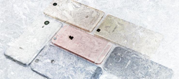智能手机被冻傻了?手机电量显示精度横评