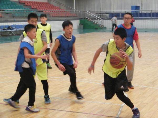 雏鹰(包头)篮球训练营训练集锦