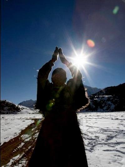 朝拜西藏,朝拜太阳