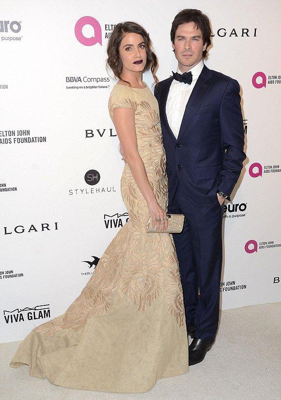 英俊的一对:《暮光之城》明星妮基・瑞德和丈夫――《吸血鬼日记》的伊恩・萨默海尔德。