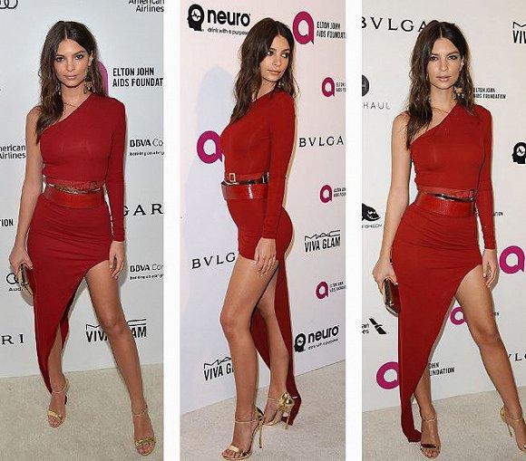 火辣的红:这套不对称剪裁的礼服充分展现艾米丽・拉塔科夫斯基的火辣身材。