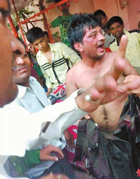 曾有强奸犯被印度大众当街阉割