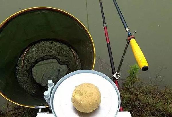 手竿钓鱼3种方法,让你玩霸渔场