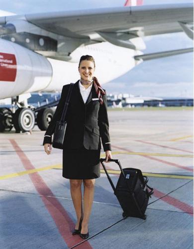 世界各地空姐制服比拼图片