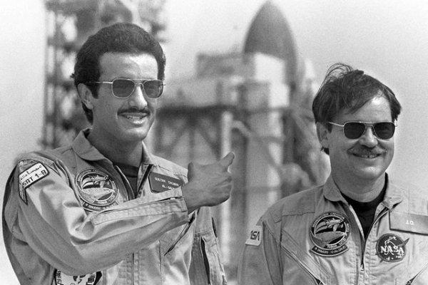 沙特王子SultanBinSalmanAlSaud(左)(PhilSandlin/AP)