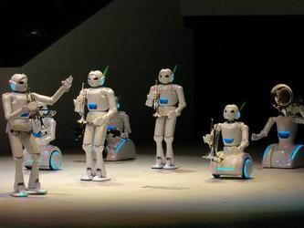 机器人技术的发展是一个国家高科技水平和工业自动化程度的重要标志和体现。机器人在当前生产生活中的应用越来越广泛,正在替代人发挥着日益重要的作用。随着计算机、微电子、信息技术的快速进步,机器人技术的开发速度越来越快,智能度越来越高,应用范围也得到了极大的扩展。在海洋开发、宇宙探测、工农业生产、军事、社会服务、娱乐等各个领域,机器人都有着广阔的发展空间与应用前景。机器人正朝着智能化和多样化等方向发展。