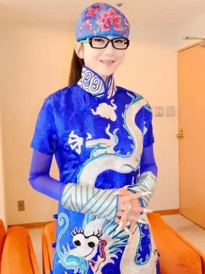 【珠宝秀场】杨丽萍惊艳亮相东京 4月赴日本演出