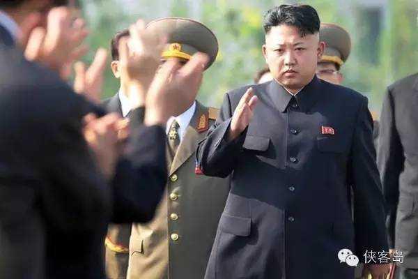 """北京时间昨天深夜,联合国对朝""""史上最严厉""""的制裁决议通过。这不,今天,朝鲜就向东海海域发射了几枚韩国还没法确定是短程导弹还是炮弹的弹状物。"""