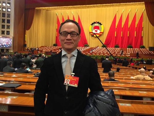 全国政协委员、华工工商管理学院教授沙振权。