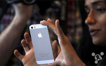 """""""单独为一个市场推出某一型号产品,这种事情发生在苹果身上也许会很让人吃惊<b"""