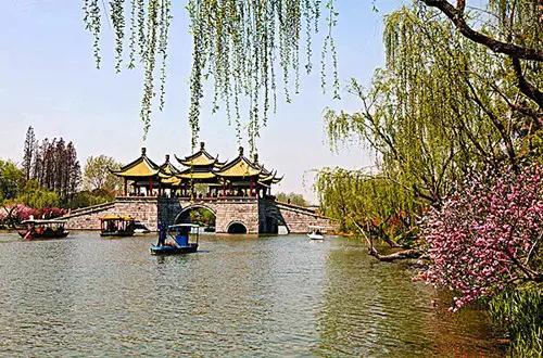 扬州,至今已有2500年的历史,浸染着浓浓千年江南古城的气质,高清图片