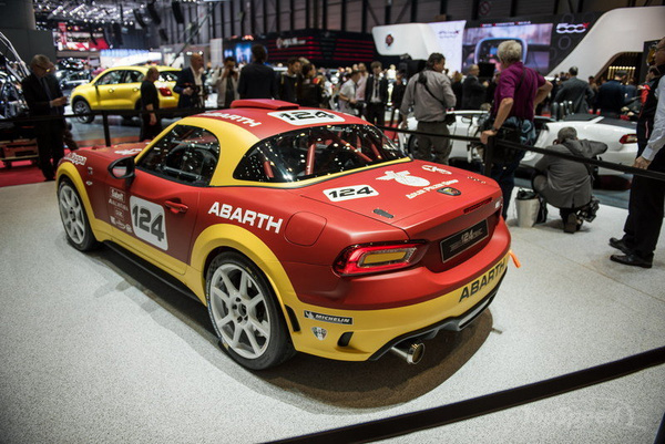 the motoring world abarth launches the new 124 spider. Black Bedroom Furniture Sets. Home Design Ideas