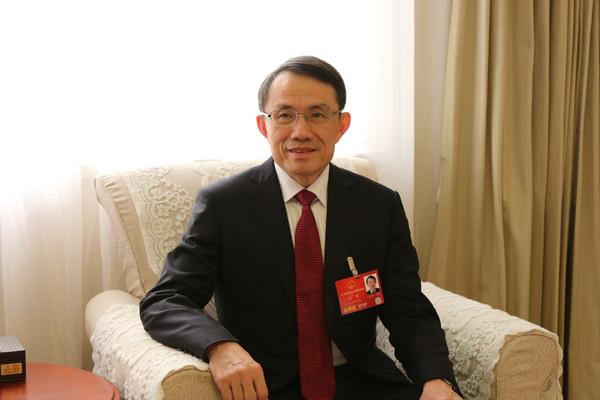 """1974年出生的人2016年运程""""两会""""来了,江苏省教育厅厅长将提交哪些议案和建议?赶紧看过来1979年属蛇的人2016年运程"""