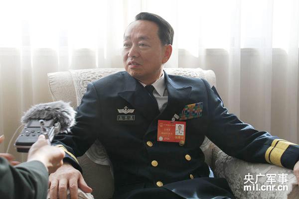 全国人大代表、海军东海舰队政委王华勇