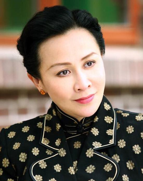 刘嘉玲在《开罗宣言》中的服装