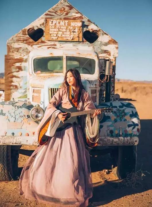 穿着汉服去旅行,让世界看到势不可挡的中国美