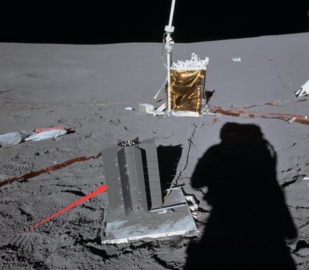 这是被遗弃在月球上的核电池SNAP-27,使用了3.8千克的钚238,热能功率达1480瓦,转化的电功率为73瓦。