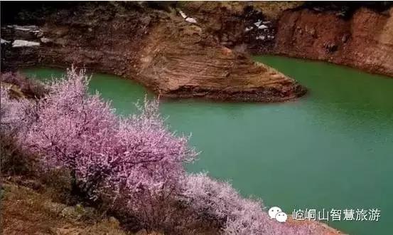 崆峒山,春天是一朵为你而开的花,风会记得一朵