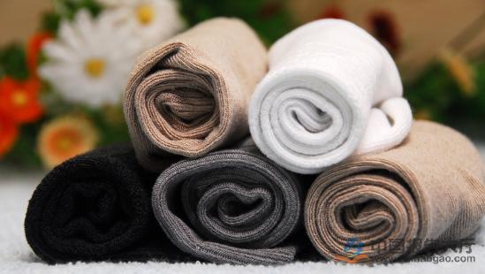 女袜品牌排行榜_2015年袜子十大品牌排行榜:浪莎居首(图)