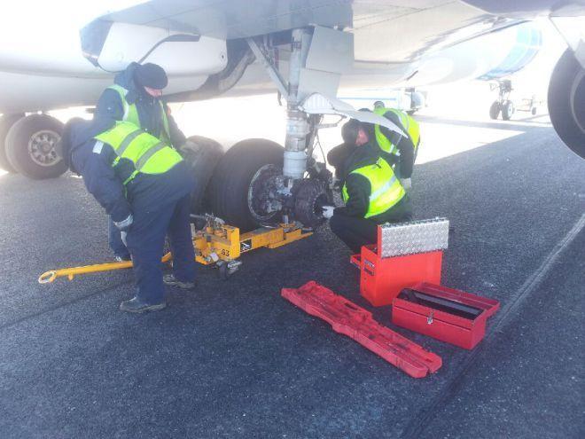 该客机掉落的主轮