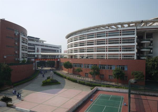 广东一学校遭诺如病毒入侵 学生上吐下泻