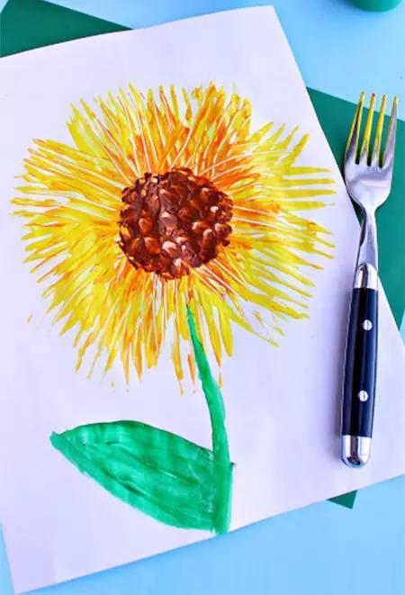用计算器弹小酒窝谱子-郁金香   今天我们就来用叉子画画吧!   向日葵