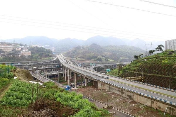 重庆现 最任性 立交桥 5层15条匝道