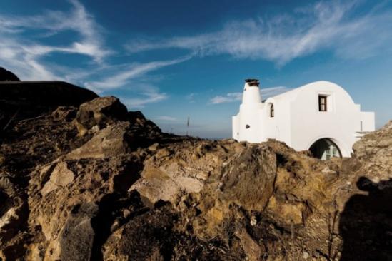 著名最窄的别墅处,就在最高的火山口旁,僻静的阿纳恩别墅悬崖(aenaon汝矣岛酒店图片