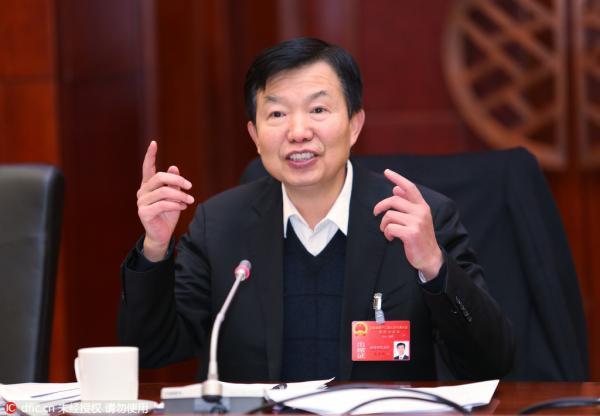 天下人大代表、云南省高院院长张学群。 东方IC 材料图
