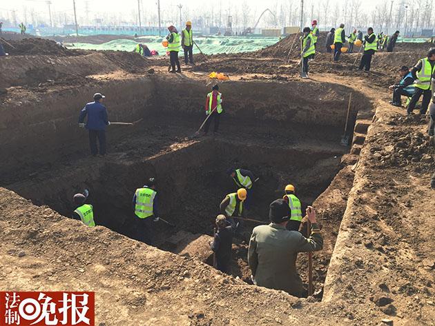 通州区潞乡镇发觉现代墓葬