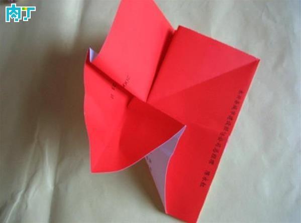 大红纸玫瑰的做法图用封面纸diy最简单纸花的折法