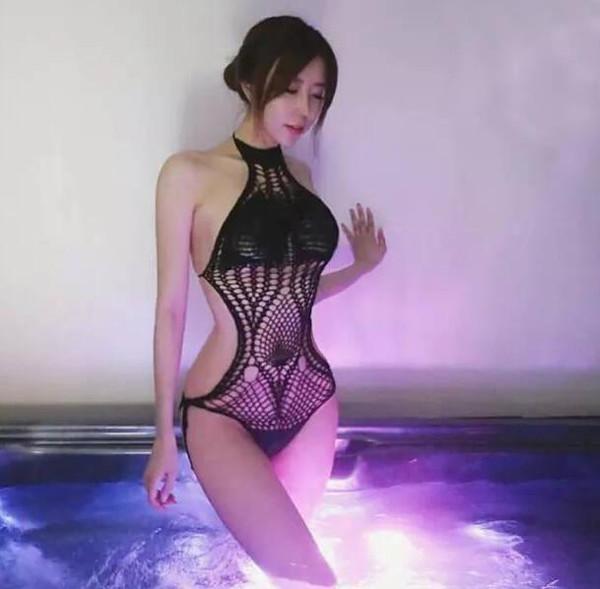 韩国女主播的英文怎么写_韩国网络女主播米娜走红 腰臀比例近乎完美
