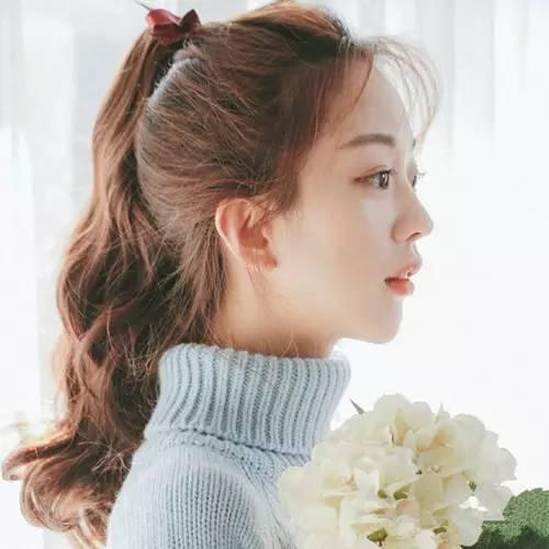 韩式马尾清新范十足,露额也很美哦!图片