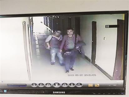... 视频-地铁女子被男子揉视频-成都女子强上男子视频
