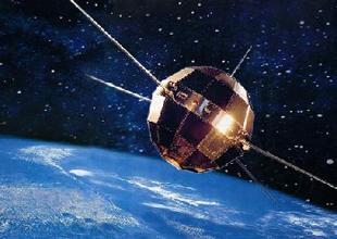 1970年4月24日,中国第一颗人造地球卫星