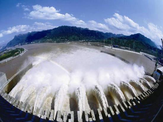 资料图:三峡大坝。