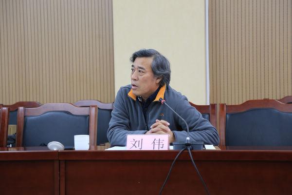 《中国摄影家》杂志社社长刘伟代表承办单位发言。