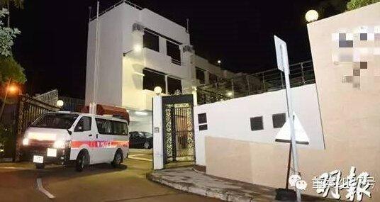 警方到案发西贡净水湾豪宅考察。图自香港《明报》配资官方网