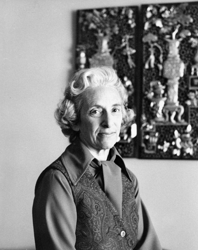 """塔奇曼是美国一代政治名人和学者亨利·摩根索的外孙女,一辈子都是""""业余历史爱好者"""""""