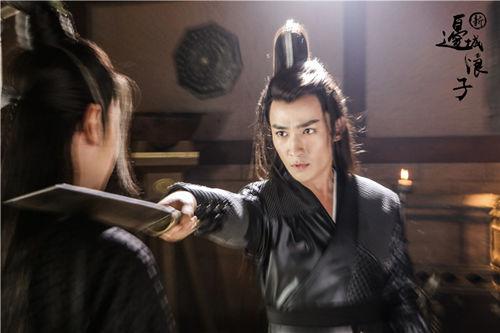 《新边城浪子》亮相春推会 朱一龙变复仇之神图片