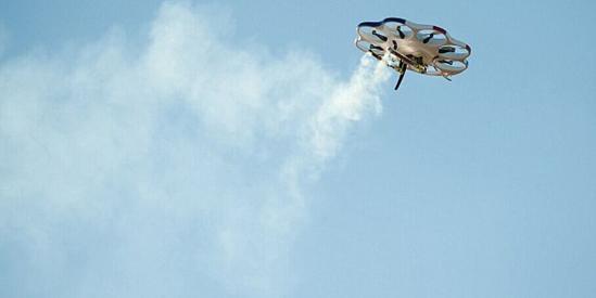 报道指出,甲烷威力强大,美国境内甲烷输送管道泄漏事故频发。有时秃鹫可以发现甲烷泄露,但人类观察者不能确定秃鹫是发现了气体泄露,还是发现了动物尸体。因此,NASA的无人机便应运而生。