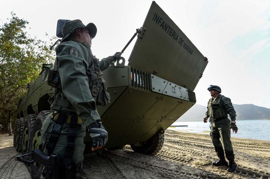 中国VN1装甲车在海外一展雄风