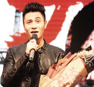 陈坤在回答记者提问 华商晨报记者 关舒柳 摄