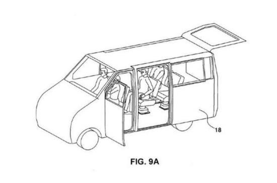 现代在专利申请书中写道,休旅车是适用于娱乐休闲的车型,其装载空间和内部空间比普通轿车宽敞许多。当今人们娱乐设备多种多样,休旅车的装载空间已经不能满足需求,而现代汽车所设计的可推拉鸥翼车门可以很好地解决这种问题。