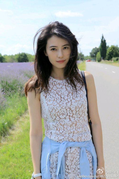 陈乔恩37岁生日晒美腿 盘点娱乐圈当红女星谁才是冻龄美女?