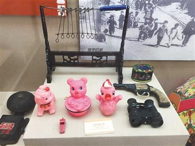 史家胡同博物馆内,摆设着胡同老住民玩过的玩物。