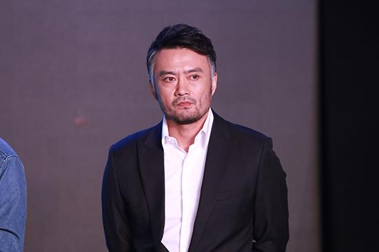 《冰河》首映曹卫宇指认凶手 被魏晨调侃手很脏