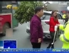 [汽车生活]女子撒泼辱骂 要给交警买棺材