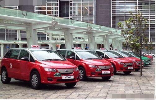 日本 e6/BYDe6车型首批批量出口到国外,BYDe6就交给了英国伦敦出租车...